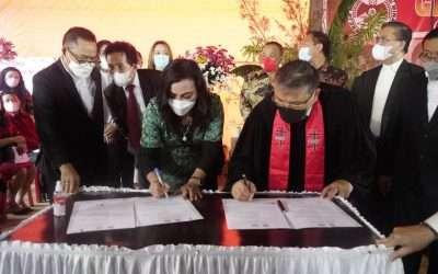 Momentum HUT PI & PK KE-190, IAKN Manado dan Sinode GMIM Jalin Kerjasama