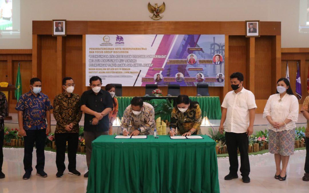 IAKN Manado dan Badan Keahlian Sekretariat Jenderal DPR RI Teken Nota Kesepahaman / Memorandum of Understanding (MoU)