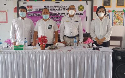 Pascasarjana IAKN Manado Laksanakan Sosialisasi dan PkM pada MGMP PAK se-Kabupaten Minahasa Tenggara
